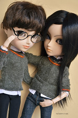 Sorry, but we are bad boys | Taeyangs William & MIO Customs (·Kumo~Milk·^^) Tags: glasses james uniform eyelashes makeup harrypotter william carving wig sirius mio gloss wigs uniforms acrylics marauders siriusblack marauder gryffindor eyechips jamespotter taeyang rewigged taeyangs rechipped merodeadores merodeador acrylicseyes makeitown