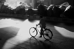 Cyclewaala (Rk Rao) Tags: street india bicycle canon blackwhite delhi morningglory newdelhi masterpiece supershot tagoregarden rkrao morningcanon magicunicornmasterpiece
