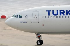 TC-JNS (airlines470) Tags: msn airlines turkish a330 thy dus 1458 tcjns