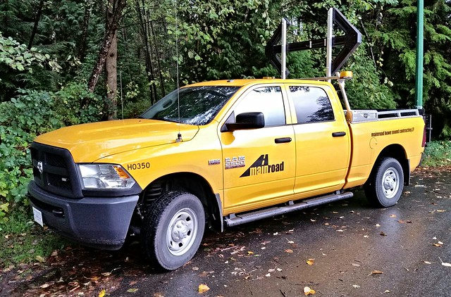 canada britishcolumbia pickuptruck dodge northvancouver ram 2500 utilityvehicle servicetruck utilitytruck servicevehicle roadmaintenance highwaymaintenance h0350 mainroadhowesoundcontractingltd