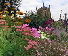 Border Control (Dazzygidds) Tags: beautiful nationaltrust warwickshire coughtoncourt flowerborders beautifulborders