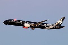 Air New Zealand Boeing 787-9 ZK-NZE (Mark Harris photography) Tags: canon aircraft aviation planes boeing airnewzealand sydneyairport anz yssy dreamliner boeing787