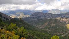 Vall d'Aliny (Acrocephalus Photography) Tags: autumn mountain fall spain esp cambrils cataluna alinya santllorendemorunys
