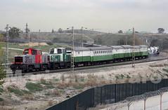 311.135+154 18.11.2014 (Mariano Alvaro) Tags: tractor tren trenes 311 mabi renfe adif herbicida