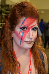 Ziggy Stardust cosplay at Rhode Island Comic Con 2016 (FranMoff) Tags: rhodeislandcomiccon costume flickr cosplay lightning cosplayer makeup 2016 ziggystardust davidbowie ricc
