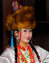 Shangrila Angel (Chula Amorn) Tags: shangrila china lady lovely nice beautiful canon eos girl dancer angel pottrait