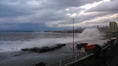 Marejadas ([ Artiah ]) Tags: mar valparaso contenedores containers sea winter storm
