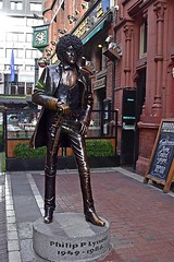 Philip P Lynott (AntyDiluvian) Tags: ireland dublin statue memorial phillynott philipjlynott bassist rockband rockgroup thinlizzy