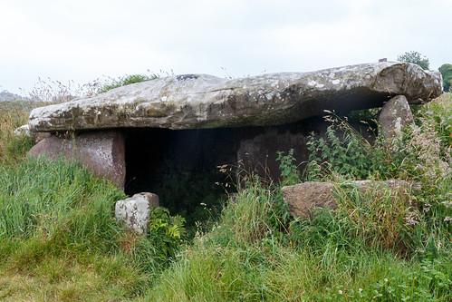 Dolmen de Kerguntuil à Trégastel
