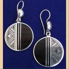 IMG_0342 (Tuareg Jewelry) Tags: tuareg jewelry finesilver ebony earrings bouclesdoreilles tuaregjewelry tuaregjewellery
