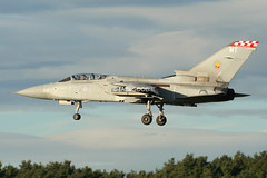 (scobie56) Tags: panavia tornado f3 raf royal air force leuchars fife scotland zh559 mt 56 reserve squadron the firebirds