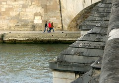 Under the bridge (jglsongs) Tags: paris france seine riverseine bridge pont