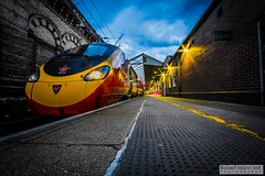 CreweRailStation2016.10.22-67 (Robert Mann MA Photography) Tags: crewerailstation crewestation crewe cheshire station trainstation trainstations train trains railway railways railwaystation railwaystations railstations railstation virgintrains virgintrainspendolino class390 class390pendolino pendolino northern northernrail class323 eastmidlandstrains class153 class350 desiro class350desiro arrivatrainswales class158 towns town towncentre crewetowncentre architecture nightscapes nightscape 2016 autumn saturday 22ndoctober2016 londonmidland