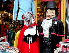 Red Howling Hood (Georgie_grrl) Tags: kensingtonmarket exile storefront mannequins costumes halloween vampire dracula redhowlinghood wolfingrrlsclothing toronto ontario