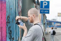 20130519 Geekwalk till Lnggatorna (Sina Farhat) Tags: geekwalk lnggatorna jrntorget canon50mm14usm canon50d streetphoto vnner friends portrtt portraits detaljer details