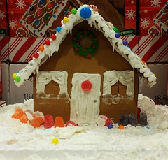 Gingerbread House (Mike Licht, NotionsCapital.com) Tags: gingerbreadhouse gingerbread food gumdrops christmas xmas retail holidaydisplays holidays