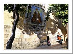 Cante en la calle- Jerez de la Frontera (Lourdes S.C.) Tags: cantaor solysombra vrgenes azulejos jerezdelafrontera provinciadecdiz
