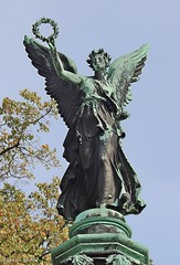 Viktoria auf der Siegessäule im Park Babelsberg (r.seyffer) Tags: potsdam babelsberg parkbabelsberg siegessäule
