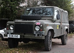 E136 XUG (Nivek.Old.Gold) Tags: 1987 land rover 110 softtop 2495cc diesel territorialarmy
