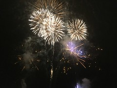 Chorley, United Kingdom (Shaun Smith-Milne) Tags: 5november 5novembre parc spectacle feudartifice royaumeuni angleterre bonfirenight guyfawkesnight park astleypark fireworkdisplay fireworks firework unitedkingdom england lancashire chorley