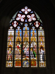 Witra (magro_kr) Tags: brussels church window architecture temple cathedral belgium belgique belgie belgi bruxelles stainedglass brussel okno katedra kosciol koci architektura belgia bruksela witraz witynia witra