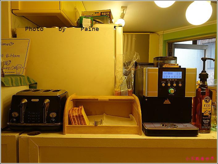 弘大Moon Hostel (11).JPG