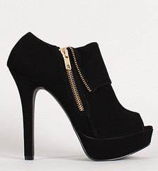 "zipper peep toe platform blk • <a style=""font-size:0.8em;"" href=""http://www.flickr.com/photos/64360322@N06/15323116209/"" target=""_blank"">View on Flickr</a>"