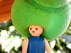 La coupe Davis. (AGUILA81) Tags: green vintage toy disco nikon peace afro vert coolpix figurine coupe playmobil abigfave s640 infinitexposure