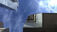 A Hole in the Sky (Peter.Samow) Tags: sky architecture clouds frankfurt architektur reflexion citiy