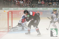 "DEL15 Kölner Haie vs. ERC Ingolstadt 19.10.2014 014.jpg • <a style=""font-size:0.8em;"" href=""http://www.flickr.com/photos/64442770@N03/15436085929/"" target=""_blank"">View on Flickr</a>"