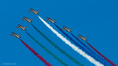 Air14 Payerne: Al Fursan (christian.rey) Tags: show sony air 14 sigma meeting des alpha 77 70200 forces unis aermacchi payerne aérien patrouille arabes aériennes emirats alfursan mb339nat
