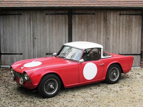 Triumph TR4 (1963).