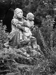 Kiev 4 + Jupiter-8M 53/2 - Statue of Mother with Child in Bohunice Hospital 1 (Kojotisko) Tags: bw brno cc creativecommons czechrepublic kiev4 fomapan selfdevelopment fomapan400 fomapan400active