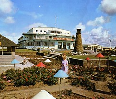 Pontins Middleton Tower Holiday Camp - Photo from 1972 brochure (trainsandstuff) Tags: vintage retro archival morecambe pontins holidaycamp middletontower fredpontin