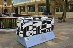 London Bus Trail, Dazzle Bus By Stephen McKay (Martin Pettitt) Tags: uk autumn sculpture london october dslr londoncity 2014 busart afsdxvrzoomnikkor18200mmf3556gifedii nikond7100 stephenmckay yearofthebus dazzlebus londoncitybustrails