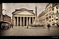 Pantheon - Rome (Lorenzoclick) Tags: pantheon roma rome xt1 fujifilm xf14mmf28 monument ancient beautiful wide italy art architettura building rotonda piazza place square