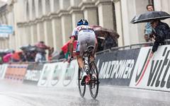 (伟业 wei yuet) Tags: italy rain cycling may giro vicenza grandtour 2015 giroditalia stage12 roadcycling