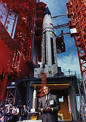 Wernher von Braun giving a speech at Cape Canaveral for the president Kennedy, November 16, 1963 (Dan Beaumont Space Museum) Tags: americans engineer europeans germans males missile people weapon wernhervonbraun whites