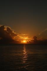 Sonnenaufgang (FotoDB.de) Tags: malediven meer ozean sonne sonnenaufgang sonnenuntergang strand sdsee traumreise