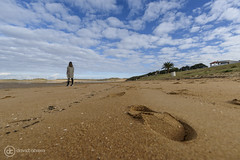 Dejando huella (davidcabrerafotografia) Tags: playa dunas cantabria santander liencres paisaje