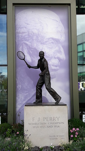 Fred Perry - All England Club statue of Fred Perry, Wimbledon