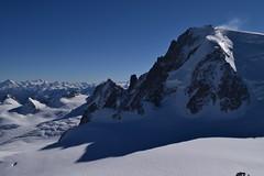 Haute Montagne High mountain (CHAM BT) Tags: montagne neige crevasse vent sommet ombre roche rocher granite ciel alpes haute mountain snow wind summit shadow rock sky high