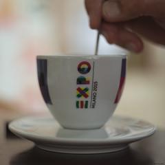 stiring the EXPO (Kitschi_) Tags: a7ii slovenia cup tasse kaffee coffee 58mm m42 expo piran sony 2016 helios442 ilce slowenien