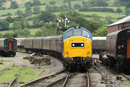 37215 Class 37 diesel electric locomotive