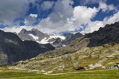 Sentiero sotto i colossi (cesco.pb) Tags: valmalenco valtellina lombardia lombardy italia italy alps alpi canon canoneos60d tamronsp1750mmf28xrdiiivcld montagna mountains
