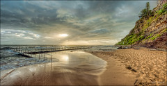 Follow the sunrays (JustAddVignette) Tags: australia beach clouds cloudysunrise dawn early landscapes newsouthwales newport northernbeaches ocean panorama rocks seascape seawater sky sun sunrise sydney water waves