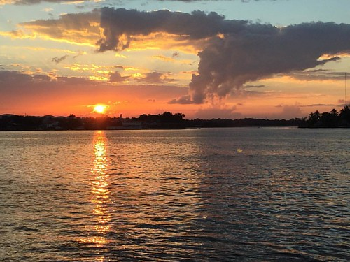 Another beautiful sunset tonight at Flores.. #sunset #flores #guatemala #fabulousjourneys #6monthstravel #travel
