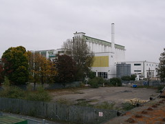 Deco Shredded Wheat 18 (FrMark) Tags: city uk england white building architecture design town office industrial factory britain wheat cereal style moderne gb artdeco deco derelict shredded hertfordshire herts gardencity welwyn nabisco welgar