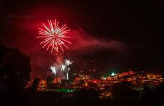 Noche de fiesta y fuegos  _DSC8579 r em c ma (tomas meson) Tags: de san pantano pedro arenas montaña candeleda sierradegredos