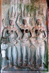 Cambodia - Angkor Wat - Devatas - 119 (asienman) Tags: cambodia vishnu khmer angkorwat siemreap mountmeru templesofangkor khmerkingsuryavarmanii asienmanphotography